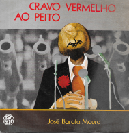 CRAVO VERMELHO AO PEITO